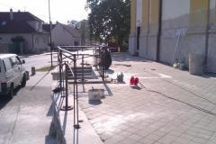 2012 - Montáž zábradlia v okolí kostola